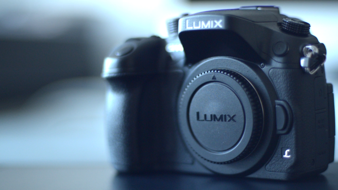 Panasonic Lumix GH4 Camera Body Unboxing